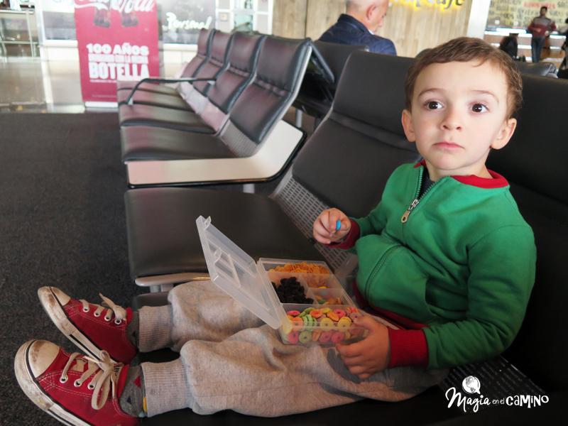 La cajita mágica en un aeropuerto