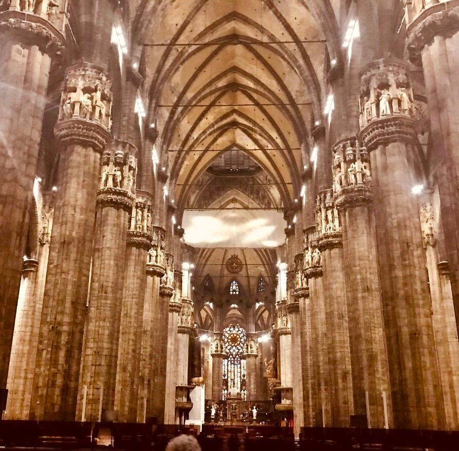 Interior del Duomo de Milán