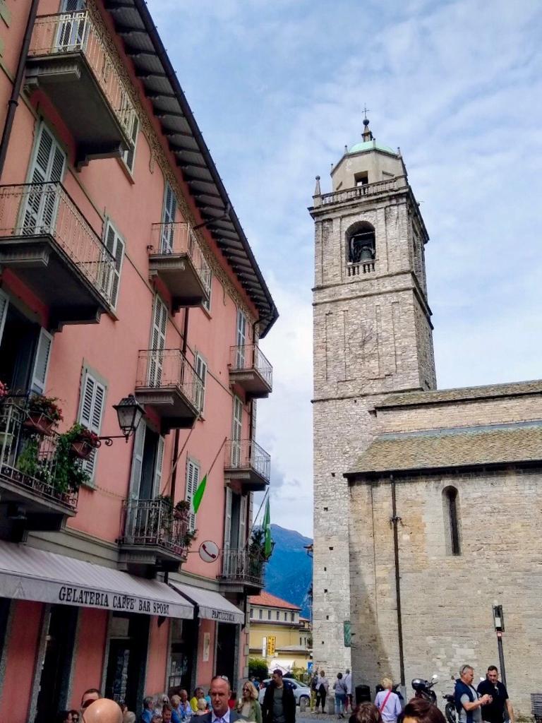 Basílica Di S. Giacommo en Bellagio
