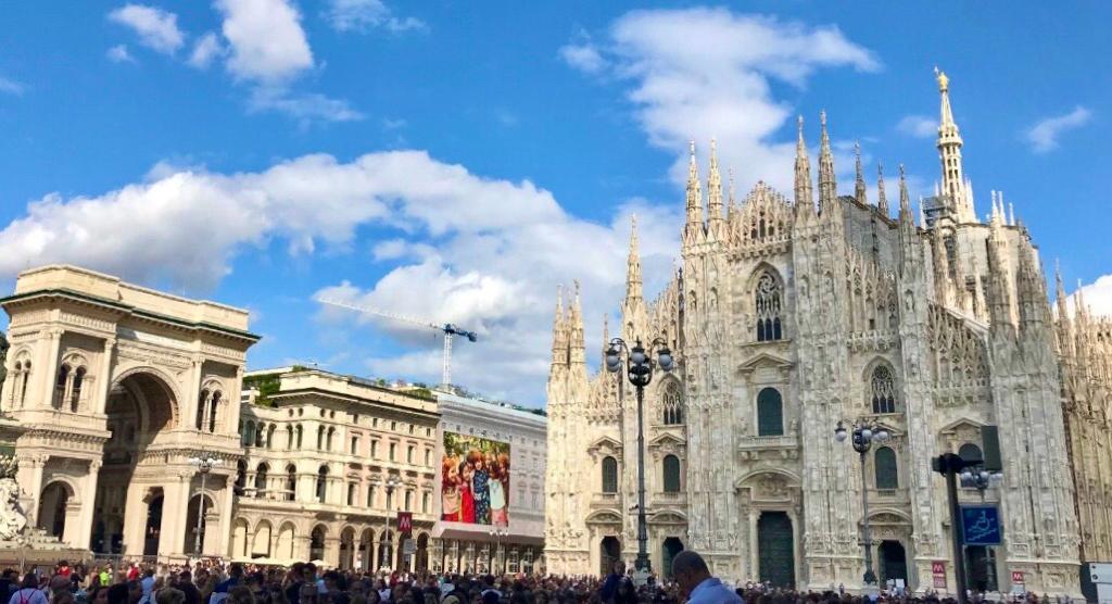 Piazza di Duomo de Milán